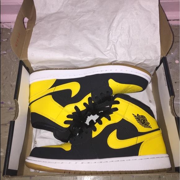 Shoes   Jordan 1s Oldlovenewlove Black